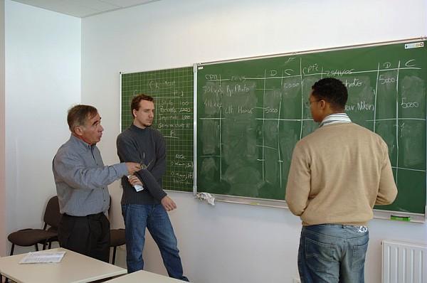 Auditeurs de l'ICSV en cours avec M.  Mevellec